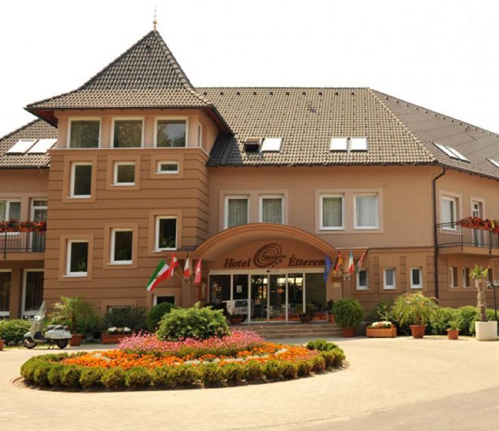 Granada Conference & Wellness Hotel
