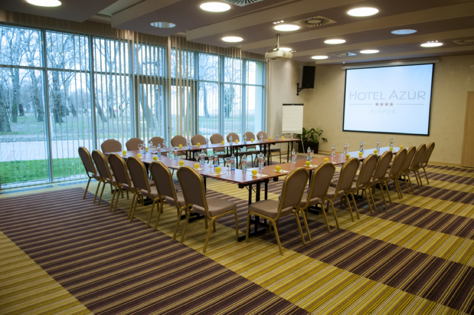 Hotel Azúr conference room