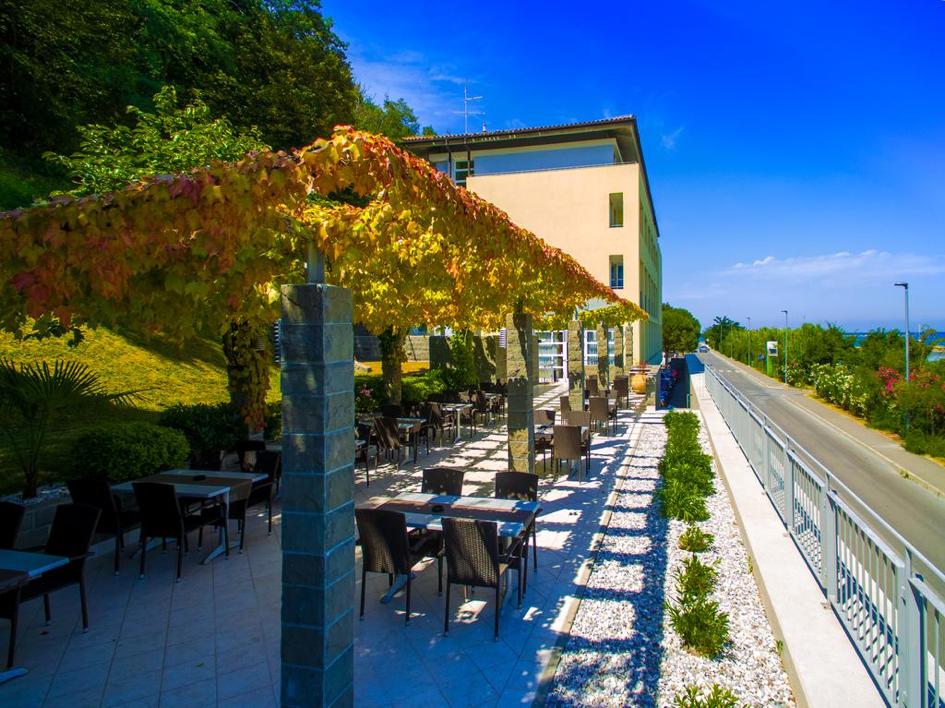 Hotel Oleander bar
