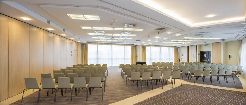 Qubus Hotel conference room 3