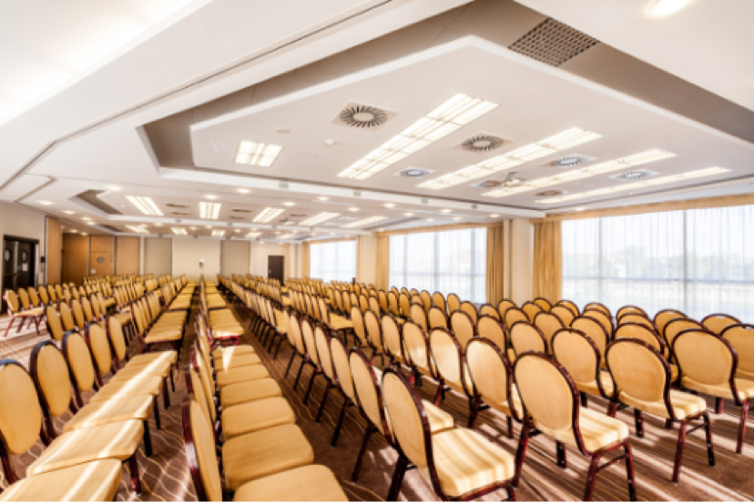 Qubus Hotel conference room