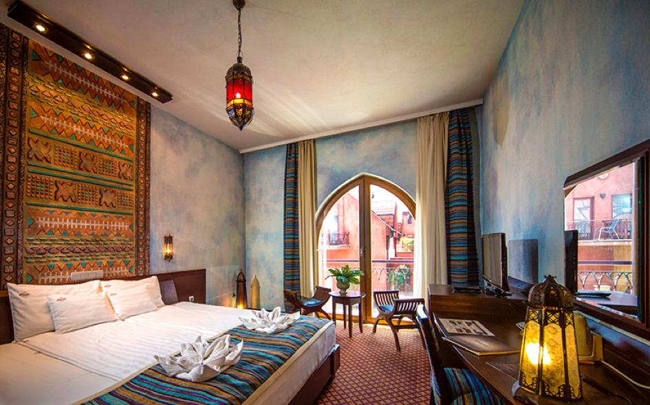 SHIRAZ Hotel room