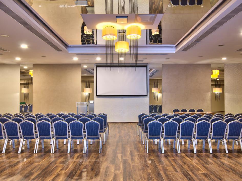 db San Antonio Hotel conference room