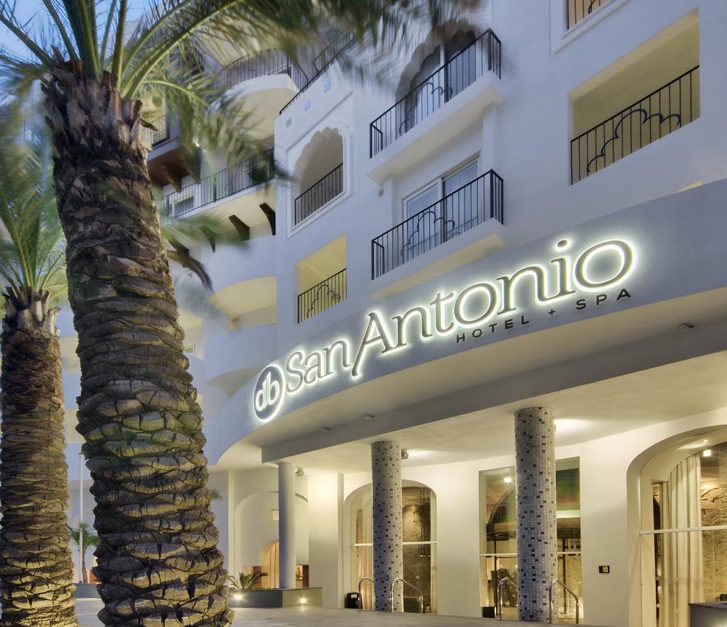 db San Antonio Hotel fornt