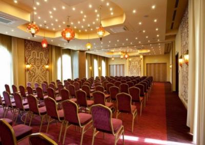 Meses_Shiraz_Hotel2