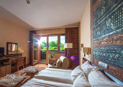Meses_Shiraz_Hotel3